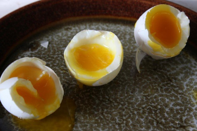 how to cook soft boiled egsgs