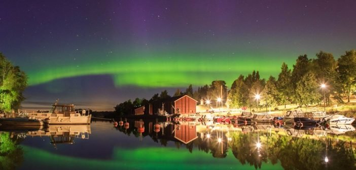Stare at the Famous Northern Lights Above the Skies of Finland