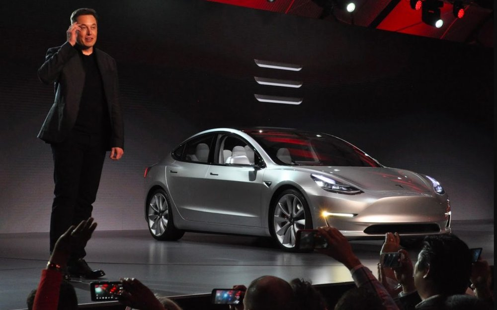 Despite Musk' swift actions to counter their low-performance lasts quarter, many analysts claim Tesla is in a tough spot this year.